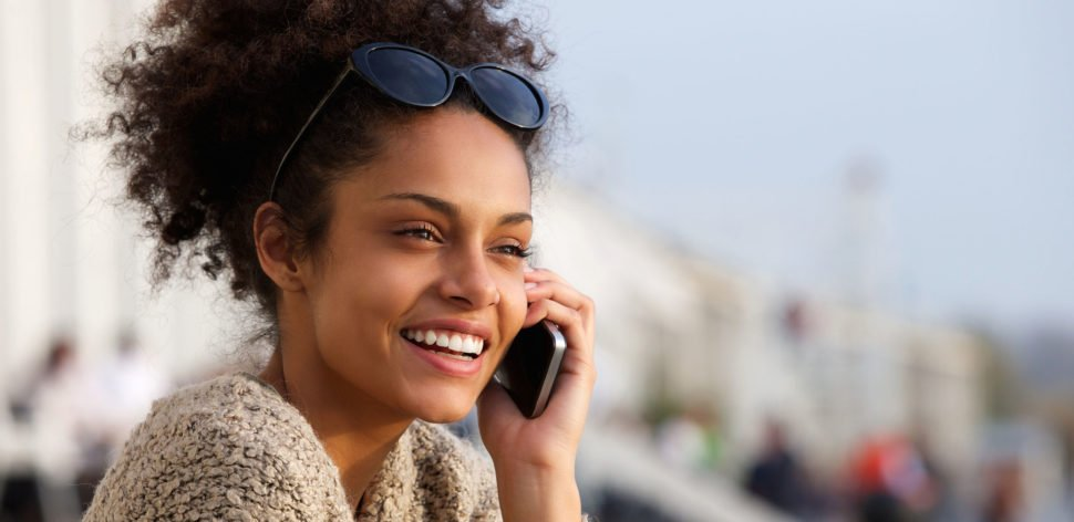 Telefonia móvel: linhas pós-pagas são quase metade da base
