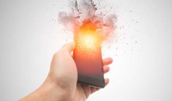 Explosão de bateria do celular: como fazer para evitar acidentes