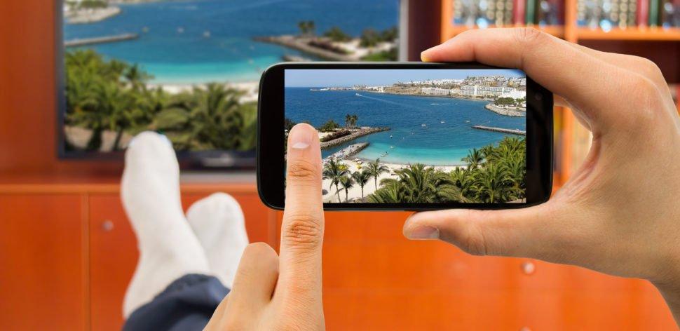 Conectar o smartphone à TV requer poucos cliques