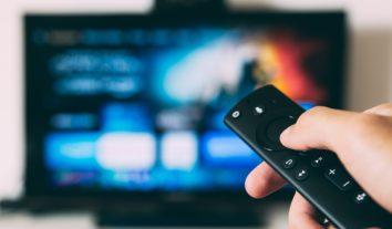 Oi lança gadget que transforma TV normal em Smart TV
