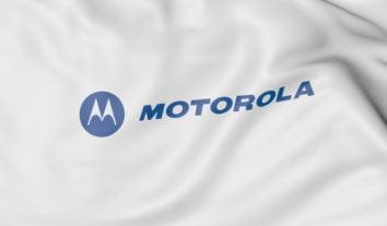 Motorola Razr: primeiro dobrável da marca lembra o clássico V3