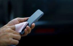 Como limpar o celular para se proteger do coronavírus