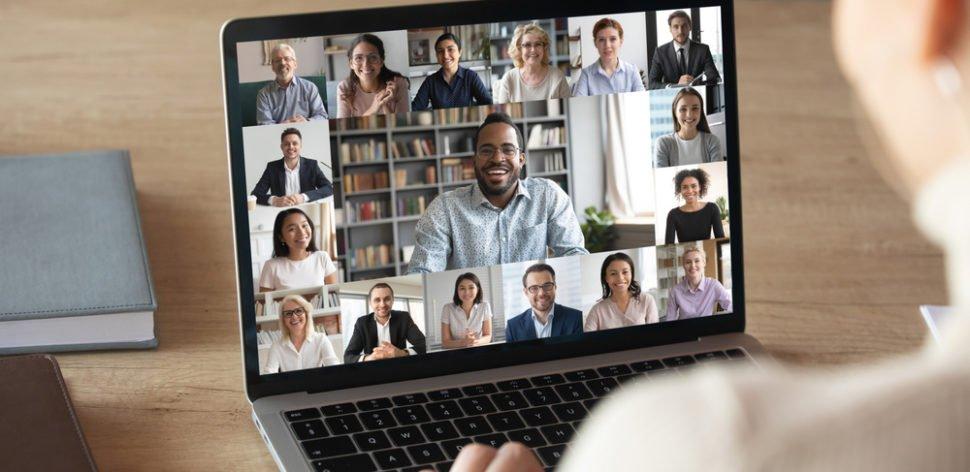 Conheça os prós e contras dos principais aplicativos de videoconferência