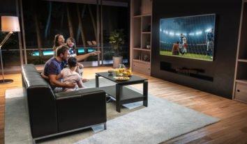 O que observar ao escolher uma TV de 50 polegadas? A PROTESTE responde!