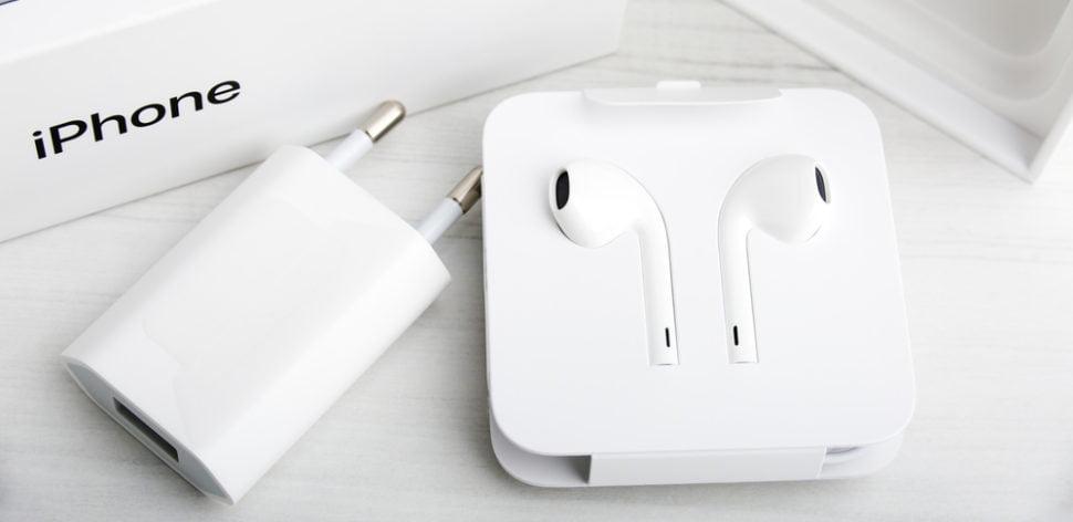 IPhones sem fone e carregador: novidade da Apple causa polêmica